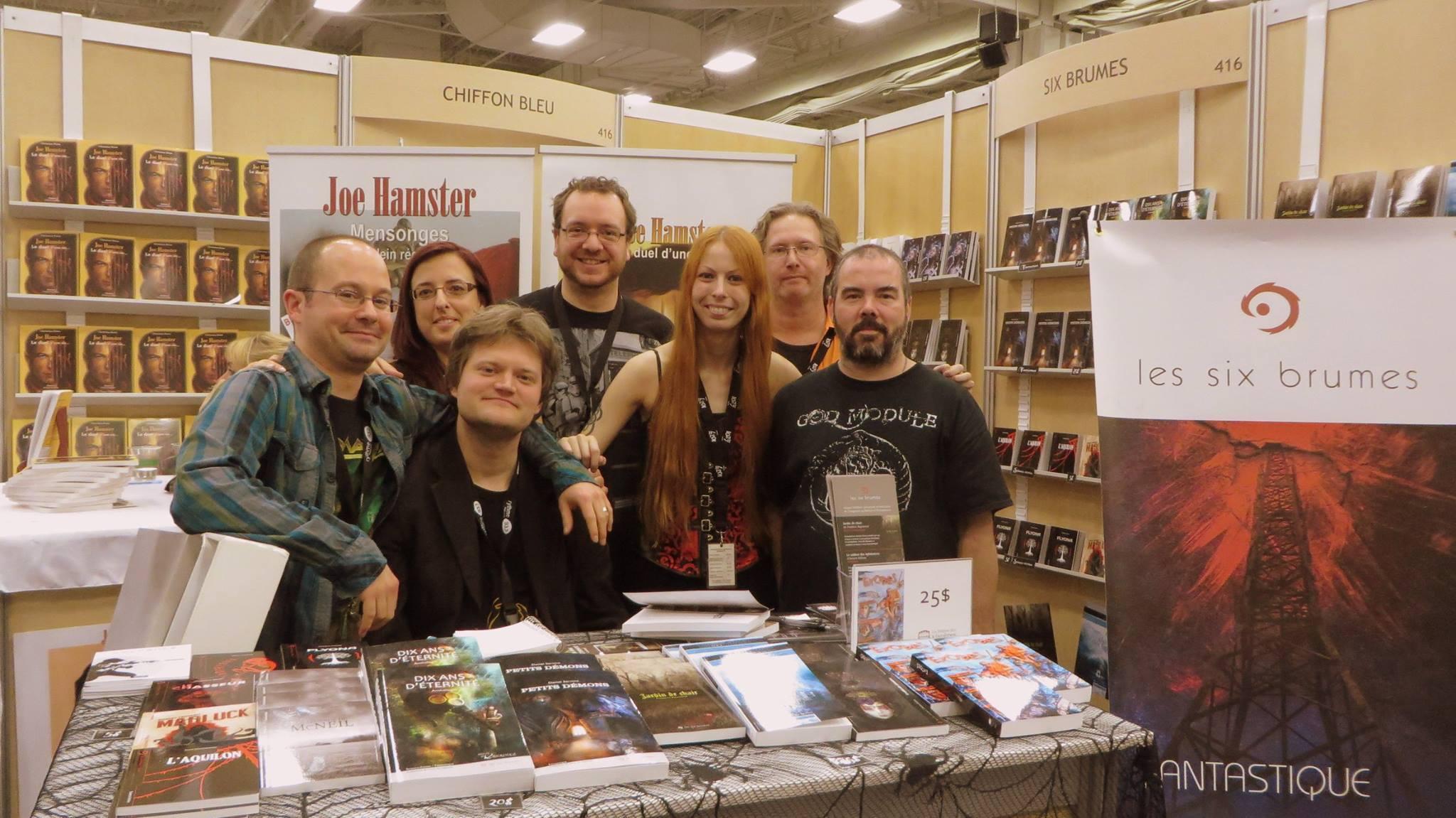Une partie de la grande famille des Six Brumes, auteurs et éditeurs réunis